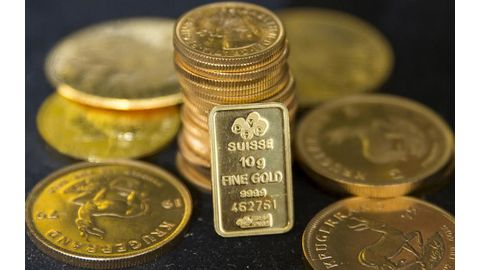 Gold at two-week high on trade deal hope