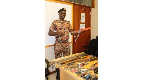 Police confiscate thousands of weapons