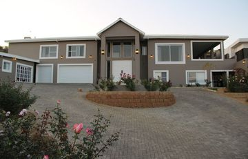Auasblick A must see property