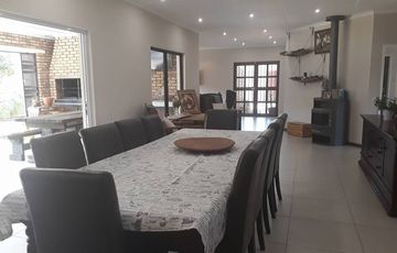 Dear buyers, I present to you the PERFECT, most beautiful spacious low maintenance property situated in the very sought after area of Klein Windhoek.