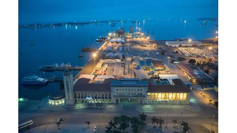 Angola bets on largest-ever offshore oil investment