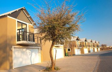 3 Bedroom, 3 Bathroom double storey townhouse at Omeya Golf Course
