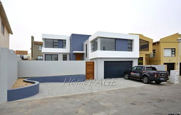 Long Beach Ext 1, Walvis Bay: Brand New BEAUTIFUL Home is for Sale