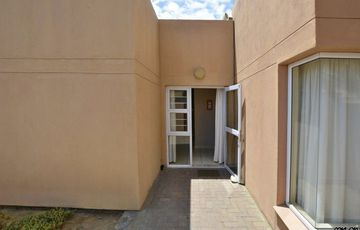 Lagoon, Walvis Bay: Unit in Nansunga is for Sale