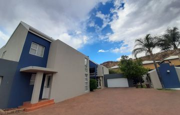 Luxury townhouse in Klein Windhoek for sale