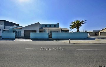 ​Ext 15, Swakopmund: BEAUTIFUL FORT KNOX IS FOR SALE