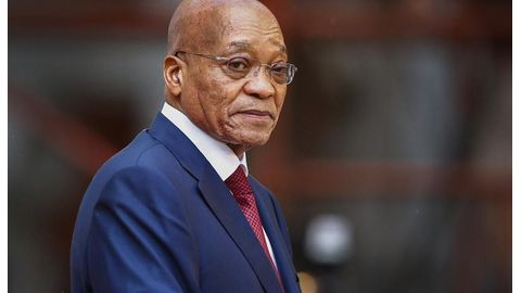 Zuma moves to meet business leaders