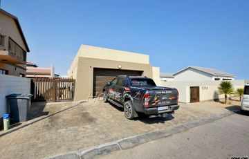 Ext 15, Swakopmund: U-Shaped home with Rooftop Patio is for Sale