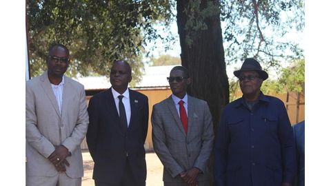 Governors applaud food production facility