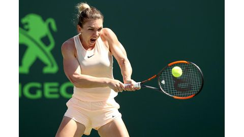 Halep crashes out of Miami Open