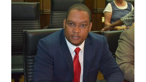 I was fired by thieves - Swartbooi