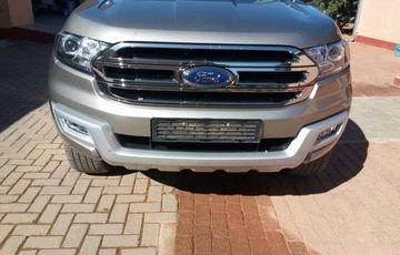 2017 FORD EVEREST as new