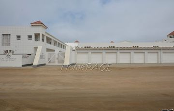 Vogelstrand, Swakopmund: Seafront, ground floor unit in On the Beach