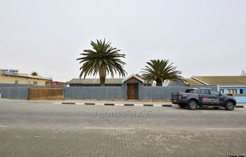 Ext 8, Swakopmund: Neat Home on Spacious Plot is for Sale
