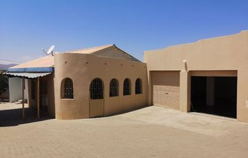 Spacious 3 bedroom house for sale in Khomasdal.