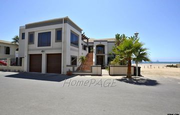 Long Beach Ext 1, Walvis Bay: BEACHFRONT MANSION is for Sale