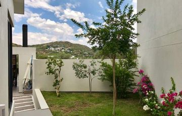 OVER THIS WORLD TOWNHOUSE IN KLEIN WINDHOEK