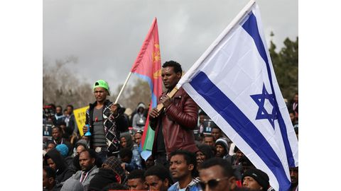 Israel under fire for African migrant expulsion