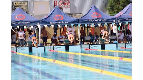 Records tumble at national champs