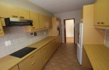 FOR EASY LIVING!  CENTRAL, SECURE APARTMENT IN SWAKOPMUND, NAMIBIA!