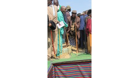 Giant of Kunene laid to rest