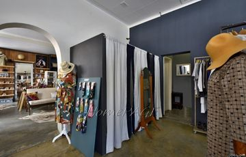 Central, Swakopmund: Well Known Clothing Store is for Sale