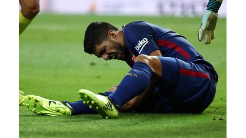 Suarez in injury scare ahead of qualifiers