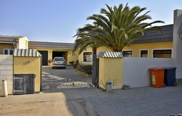 Kramersdorf, Swakopmund, Old home in Cul-de-Sac is for Sale