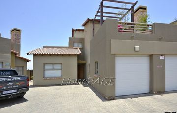 Dunes (Kramersdorf), Swakopmund: Ground Floor Apartment is for Sale