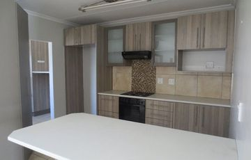 Single level unit for sale in Westvale Complex