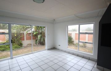 EASY LIVING, CENTRAL TOWNHOUSE FOR SALE IN SWAKOPMUND, NAMIBIA!