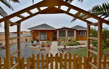 ​Henties Bay Propert: Cute Wood Cabin Home is for Sale