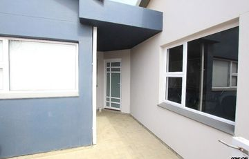 UPMARKET GROUND-FLOOR TOWNHOUSE IN SWAKOPMUND, NAMBIIA!