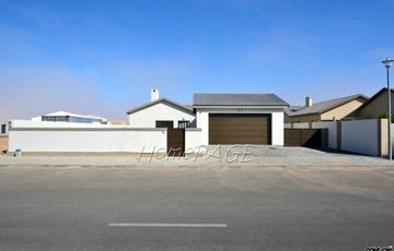 Ext 15, Swakopmund: U-Shaped 3 Bedr Home is for Sale