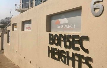 Office To Let in Bonsec Heights