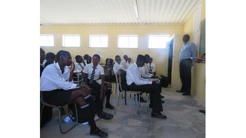 Packed classrooms hamper learning
