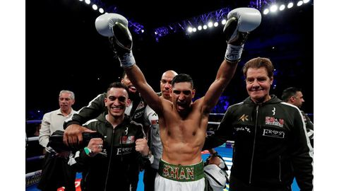 Khan beats Lo Greco in 39 seconds
