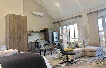 Spacious Fully Furnished Bachelor's Apartment to Rent