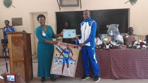 Paralympic athletes visit Eluwa Special