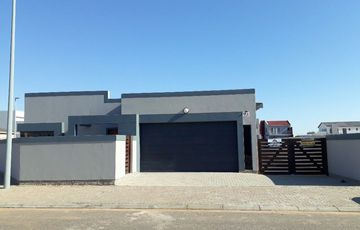 Brand new 3 bedroom house with one bedroom flat