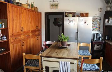 CENTRALLY LOCATED HOME WITH BUSINESS RIGHTS IN SWAKOPMUND, NAMIBIA!