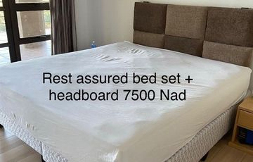 Bed set and headboard