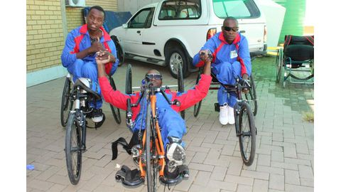 Nam Para-cyclists leave for SA