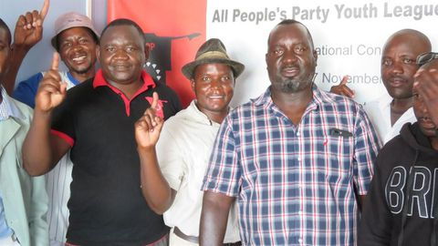 PDM leader, 400 others join APP