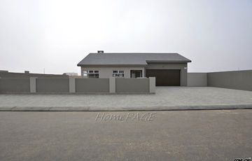 ​Ext 20, Swakopmund: Brand New Home is for Sale