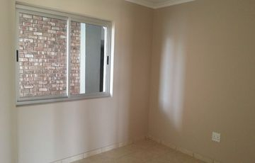 Neat apartment available in Otjomuise Gardens
