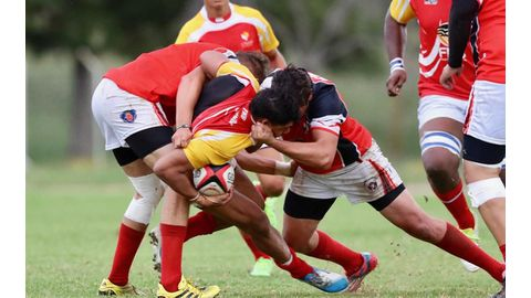 Unam bludgeon Falcons