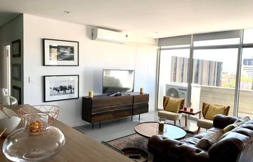 FULLY FURNISHED APARTMENT TO LET IN CBD