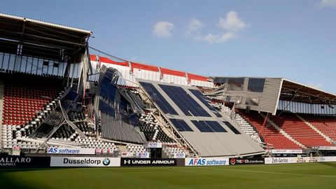 High winds cause stand collapse at Dutch stadium