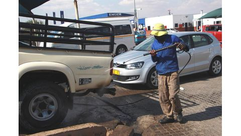 D-day for illegal carwashes